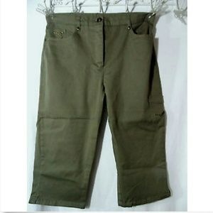 LANASPORT Cropped Capri Short Pants 8 Olive Green